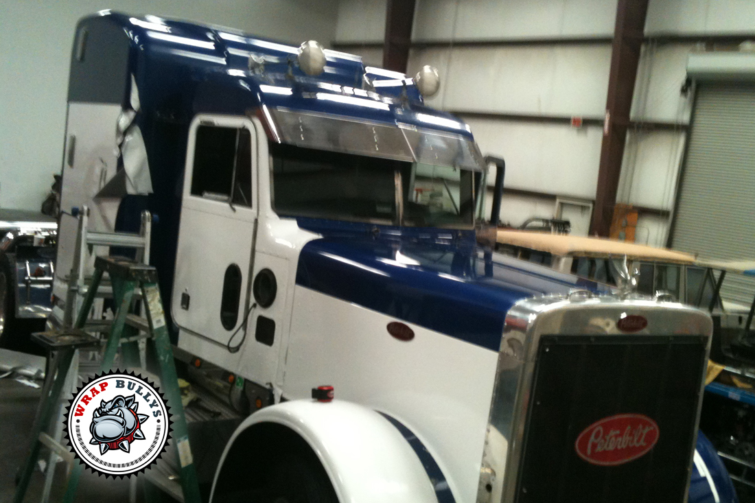 Professional vinyl installation for vehicle wraps, wall wraps, window wraps. Customer satisfaction is our top priority.