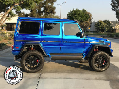 Mercedes G Wagon 4×4 Wrapped in Avery Chrome Blue